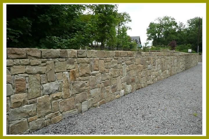 Stone.wall.sandstone.1