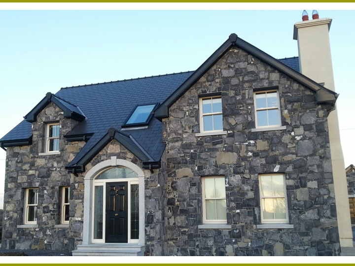 Stone.House.With.Door.Archway.Cladding.2