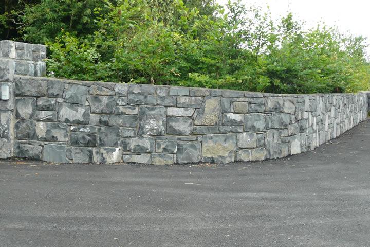 Limestone.Wall.3