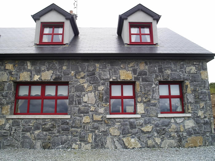 Limestone.Cladding.House.Red.Windows7.700.by.525